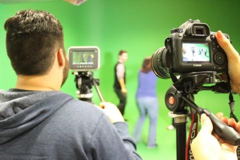 AIT_Sydney-Students_during_Movie_lab-Australia-WEST1