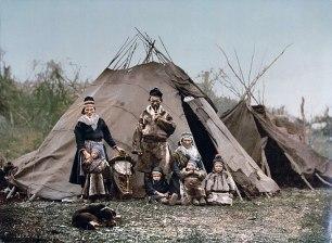 800px-Saami_Family_1900